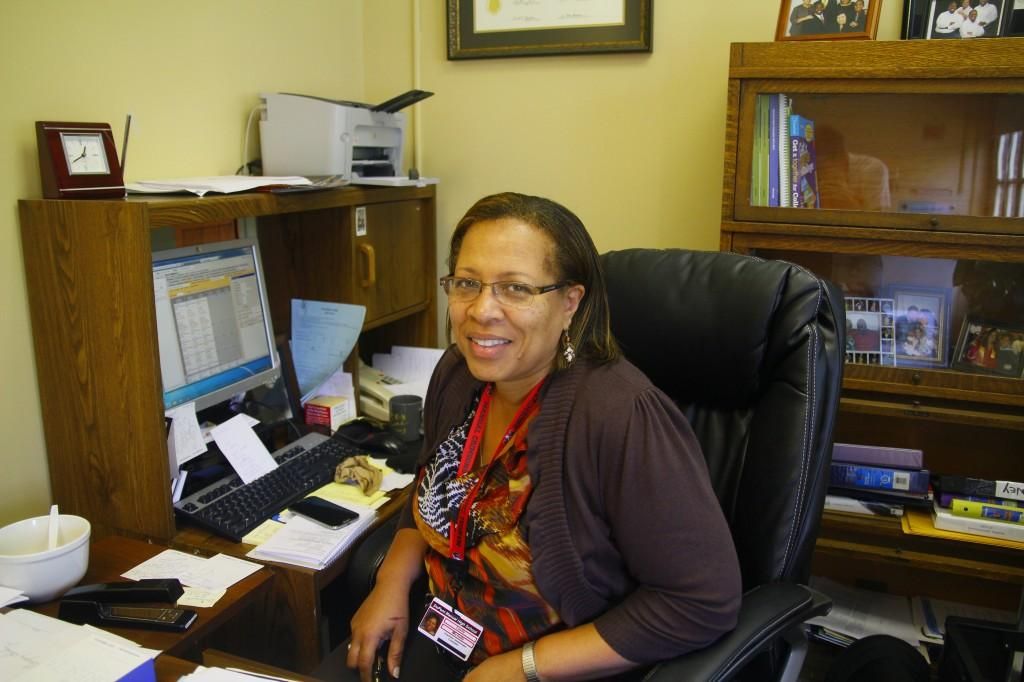 Counselor Leslie joins Manual guidance office