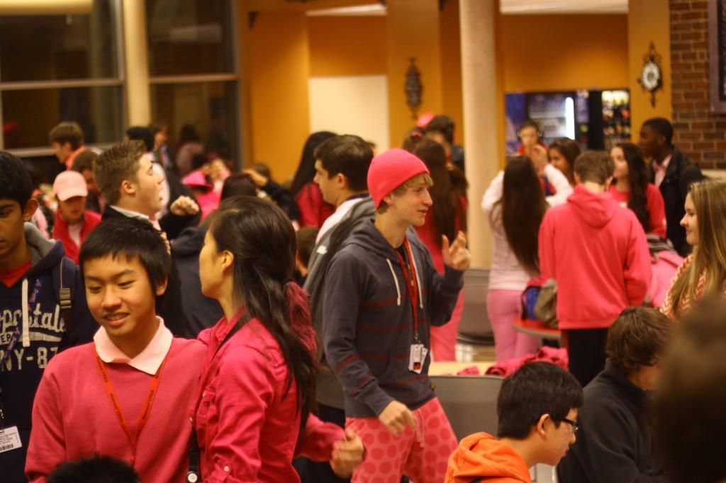 Senior cafeteria starts to get crowded with a lot of pink.