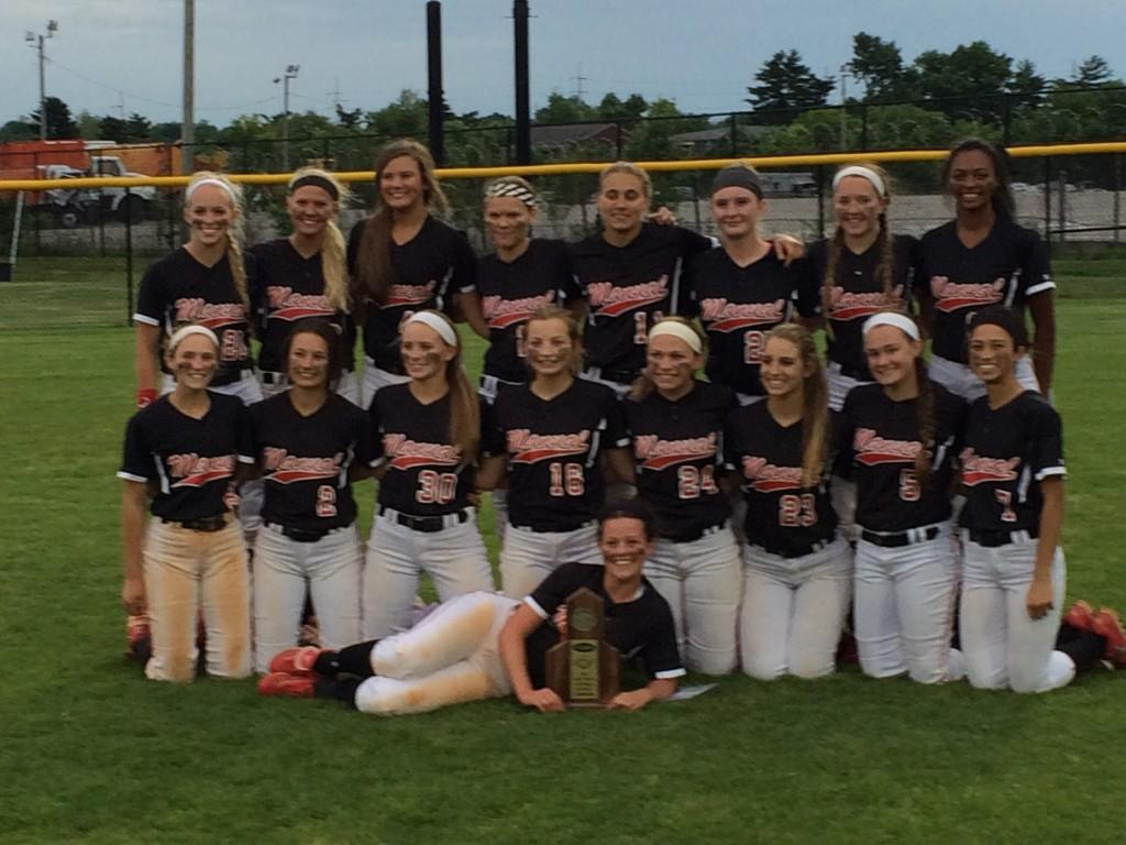 Softball+team+outlasts+Presentation+to+become+District+25+champions