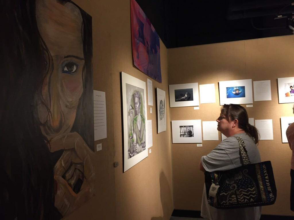 Visual Arts magnet hosts alumni art exhibition