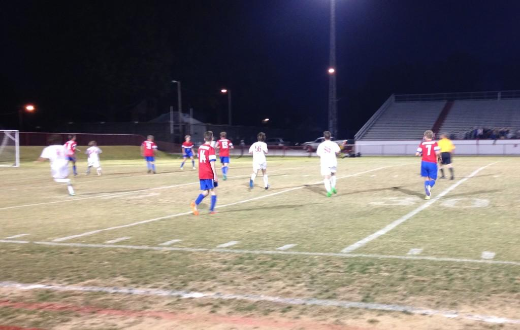 Manual soccer clinches victory by narrow margin