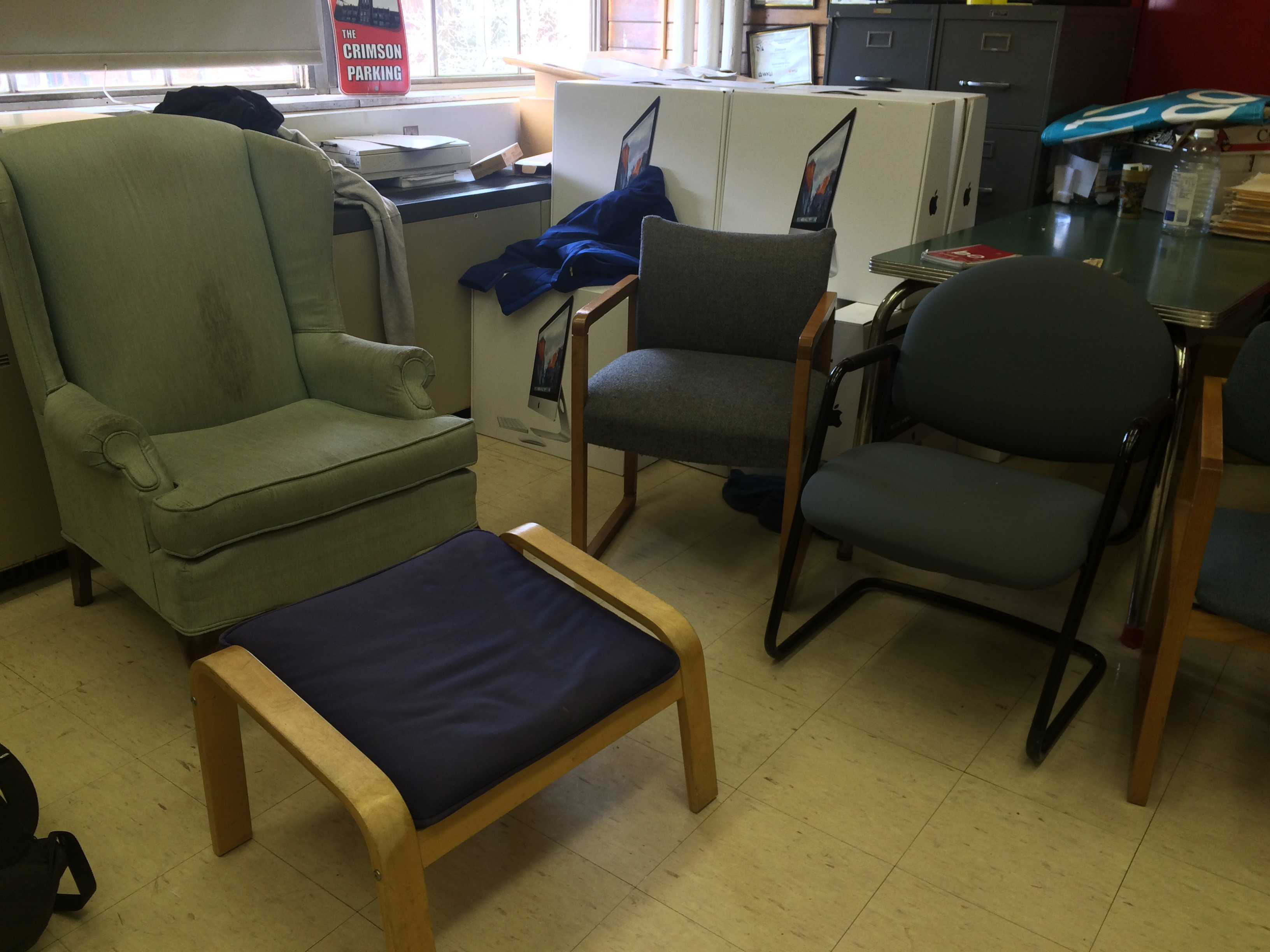 Custodial staff bans couches from classrooms