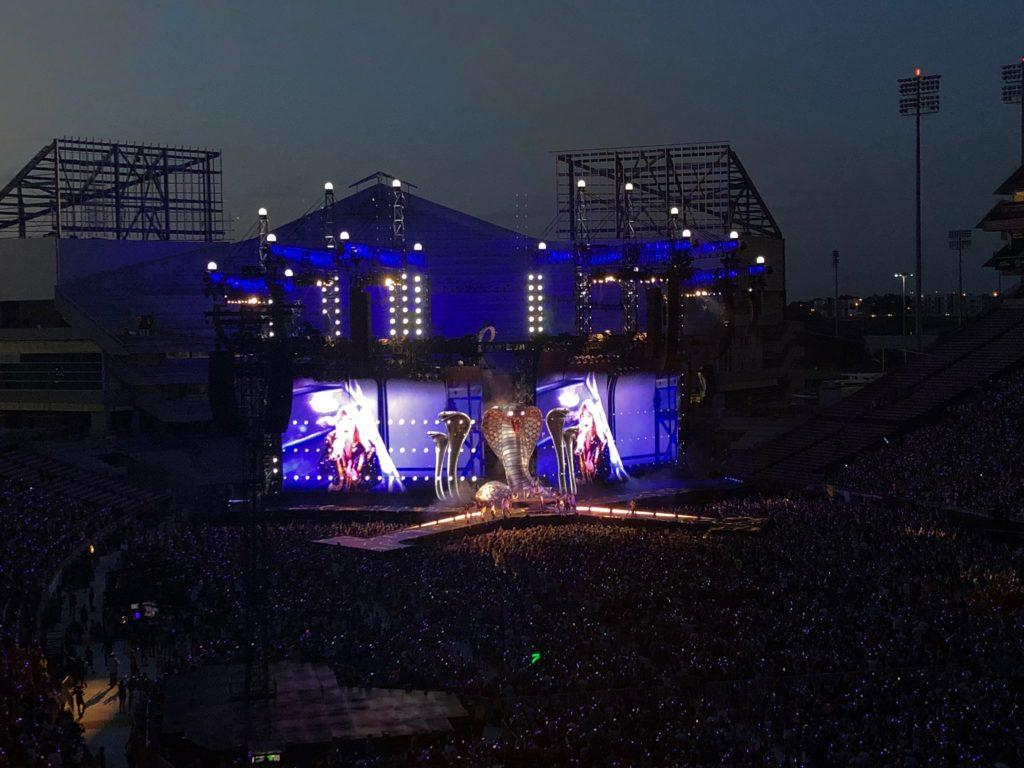 Taylor Swift performing Look What You Made Me Do at her Reputation Stadium Tour. Photo taken by Maddie Gamertsfelder.