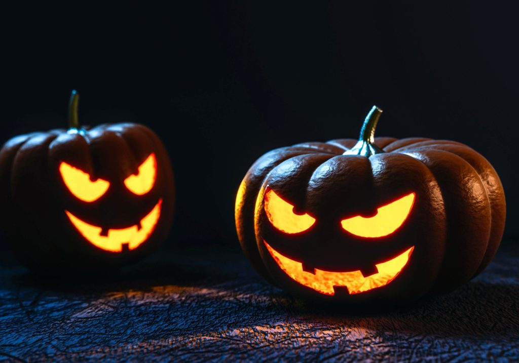 A photo of pumpkins. Photo is under public domain and is fair use.