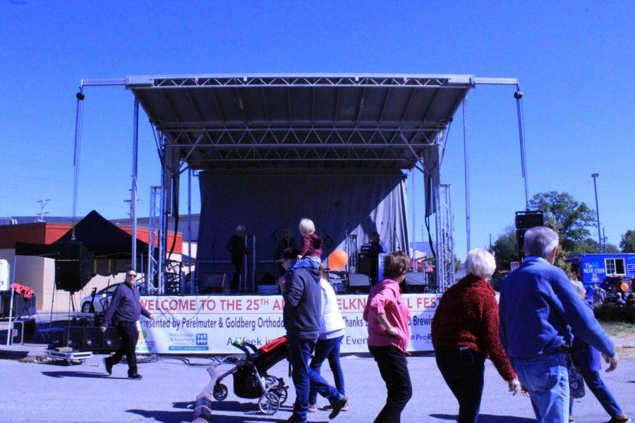 25th+annual+Belknap+Fall+Festival+goes+on+regardless+of+rain