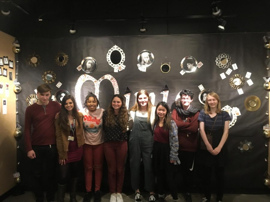 All+of+the+senior+artists+line+up+for+a+photo.+%28Fom+left+to+right%3A+Clayton+Cobb%2C+Lilah+Pudlo%2C+Aashalae+Stewart%2C+Zayne+Isom%2C+Kate+Gaeta%2C+Carolyn+Siegenthaler%2C+Grady+Gartland%2C+Annie+Vinson%29+Photo+by+Adrienne+Sato