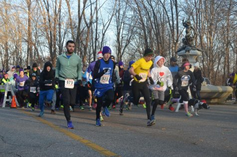 Runners beginning their race from last years 5k run. Photo Courtesy
