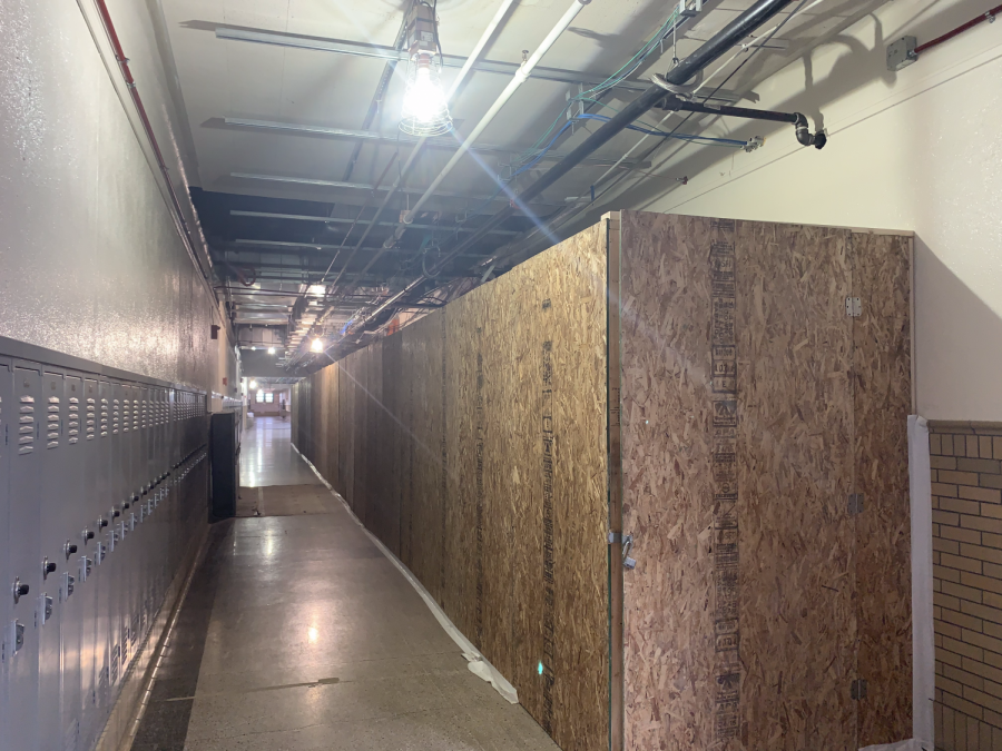 Part of the third floor on Manual's southwest wing is blocked off due to renovations where contractors are installing drop-ceilings and new HVAC equipment. Photo by Reece Gunther.