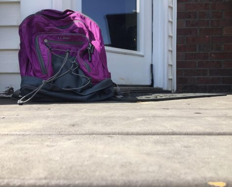 Many students have been able to drag their backpacks out of their rooms and finally use them once again upon returning to in-person school. Photo by Isabella Bonilla