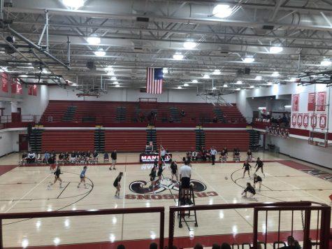 Volleyball beats Collins on senior night